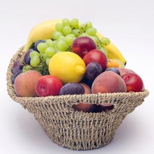 corbeille de fruits2 300x300 Fruits et légumes de saison