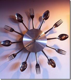 horloge couverts par Frerieke FlickR thumb Mangez lentement mais sûrement.